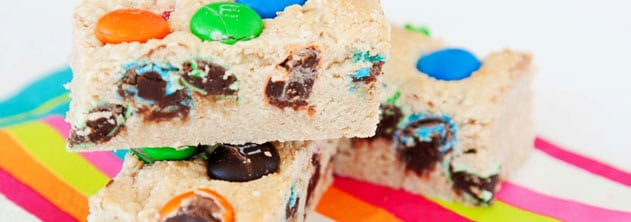 4 Ingredients easy M&M slice