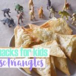 Snacks for kids: cheese triangles