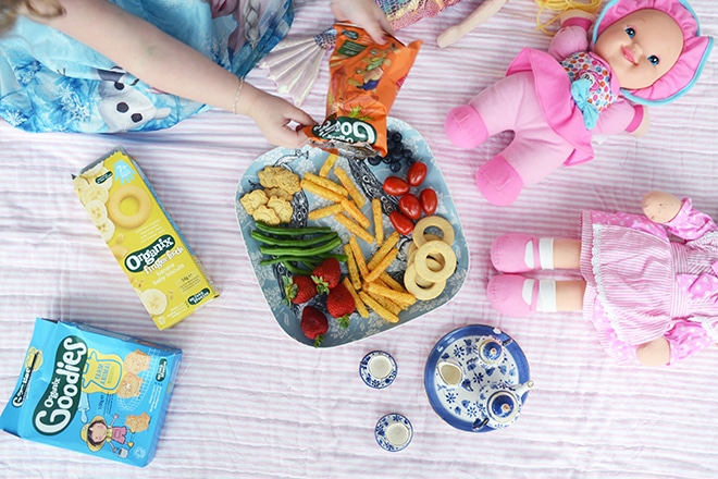 4 ways to encourage healthy eating habits in your kids