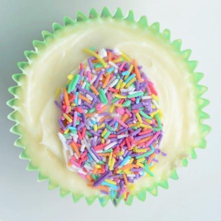 sprinkle easter egg cupcakes