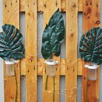 How to make a DIY wall hanging from a recycled pallet