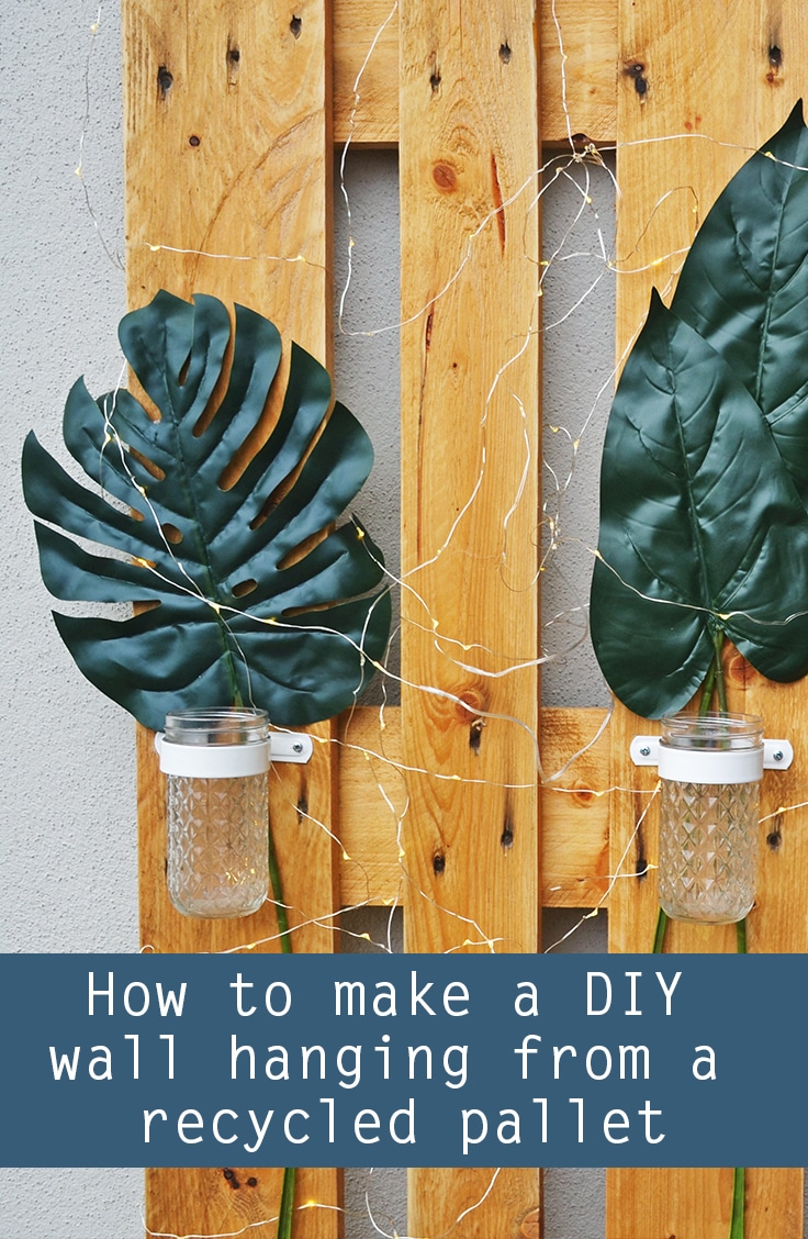 recycled pallet wall hanging DIY