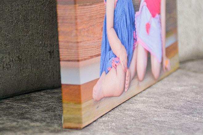 CanvasChamp canvas print corner closeup
