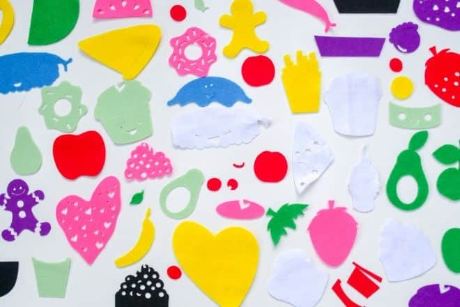 Cricut Maker Felt Food DIY - cut shapes