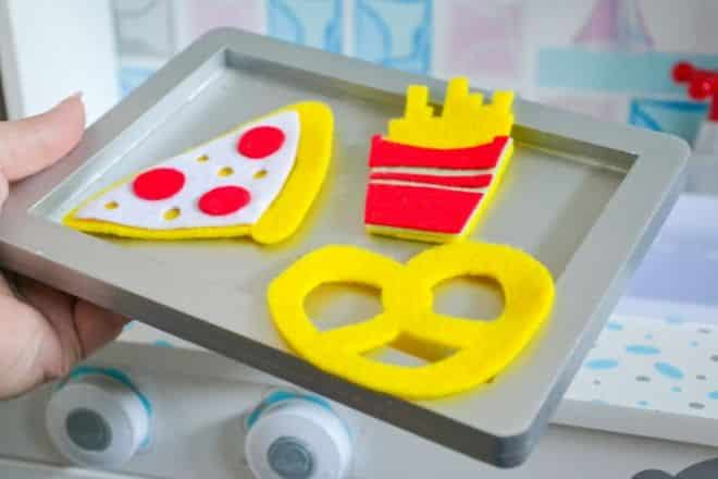 Felt Play Food DIY Pizza, Chips, Pretzel